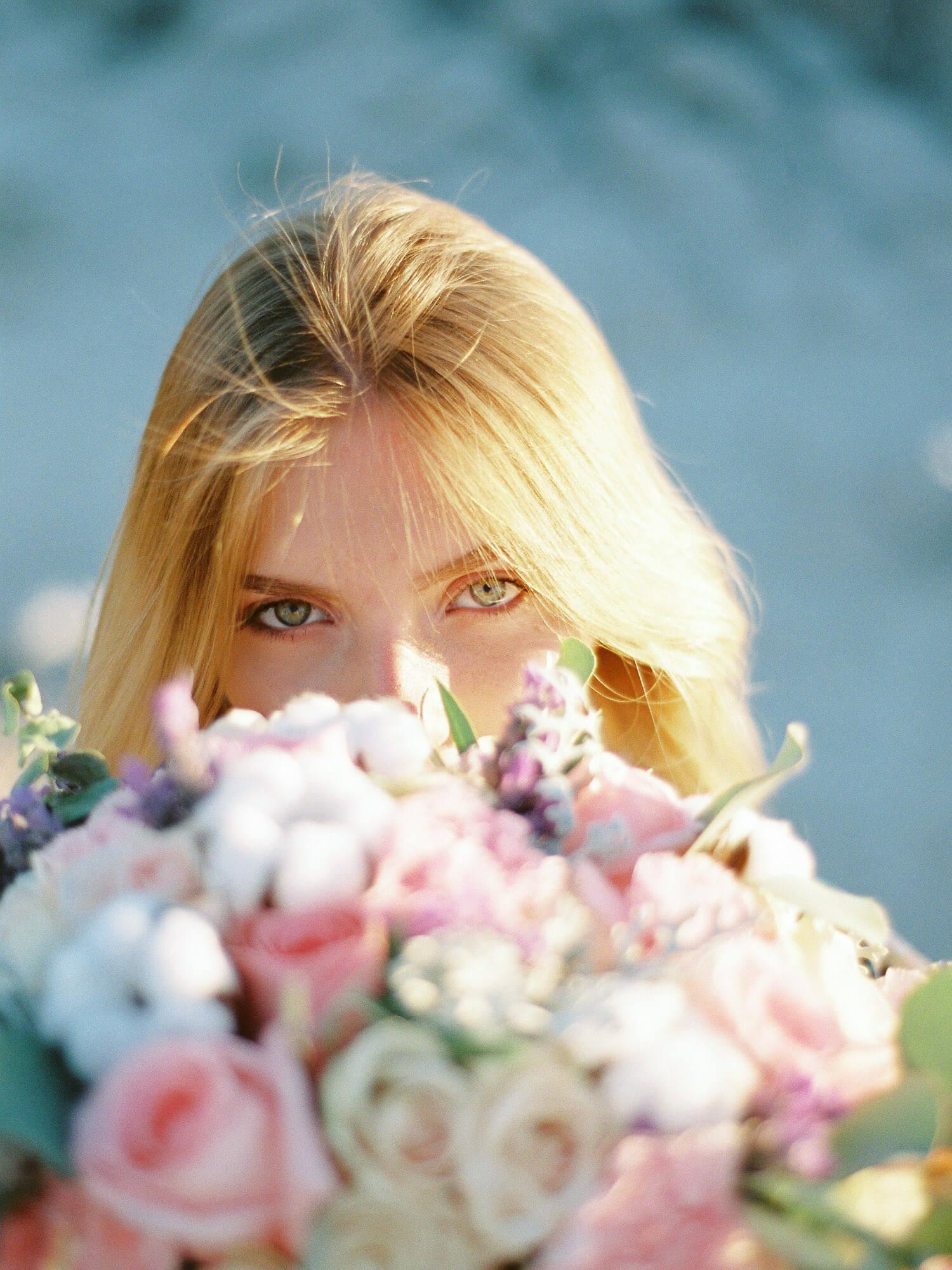 bride with flowers Tenerife