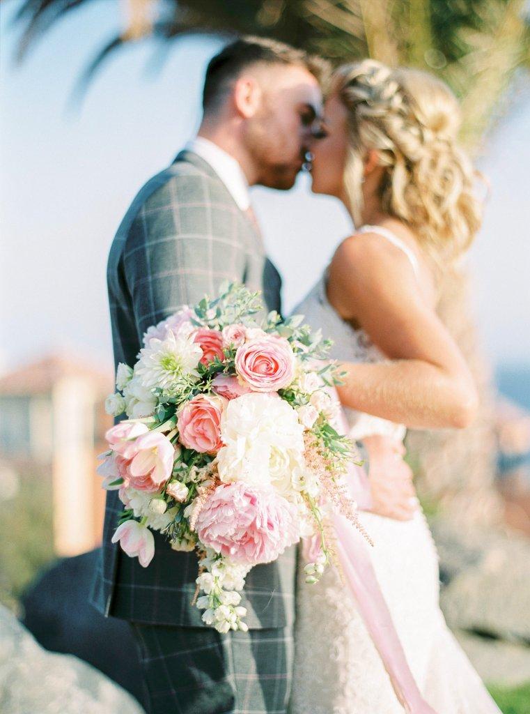 fine art wedding couple kiss