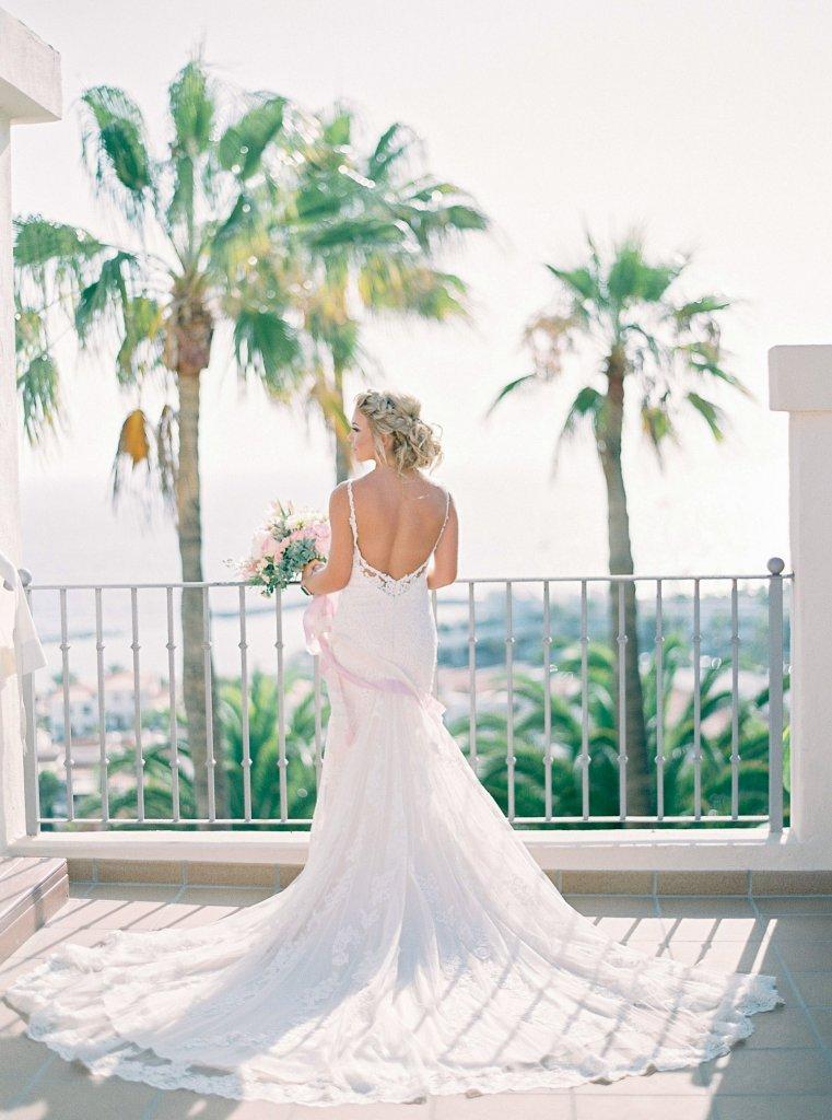 bride in gorgeous wedding dress in Tenerife